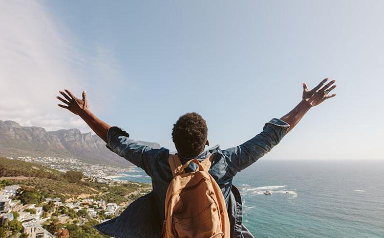 [Image: hiker-ocean-extreme.jpg]